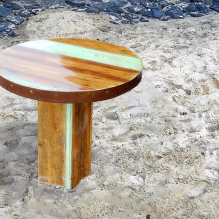 Bijzettafel | gerycled hout met epoxy